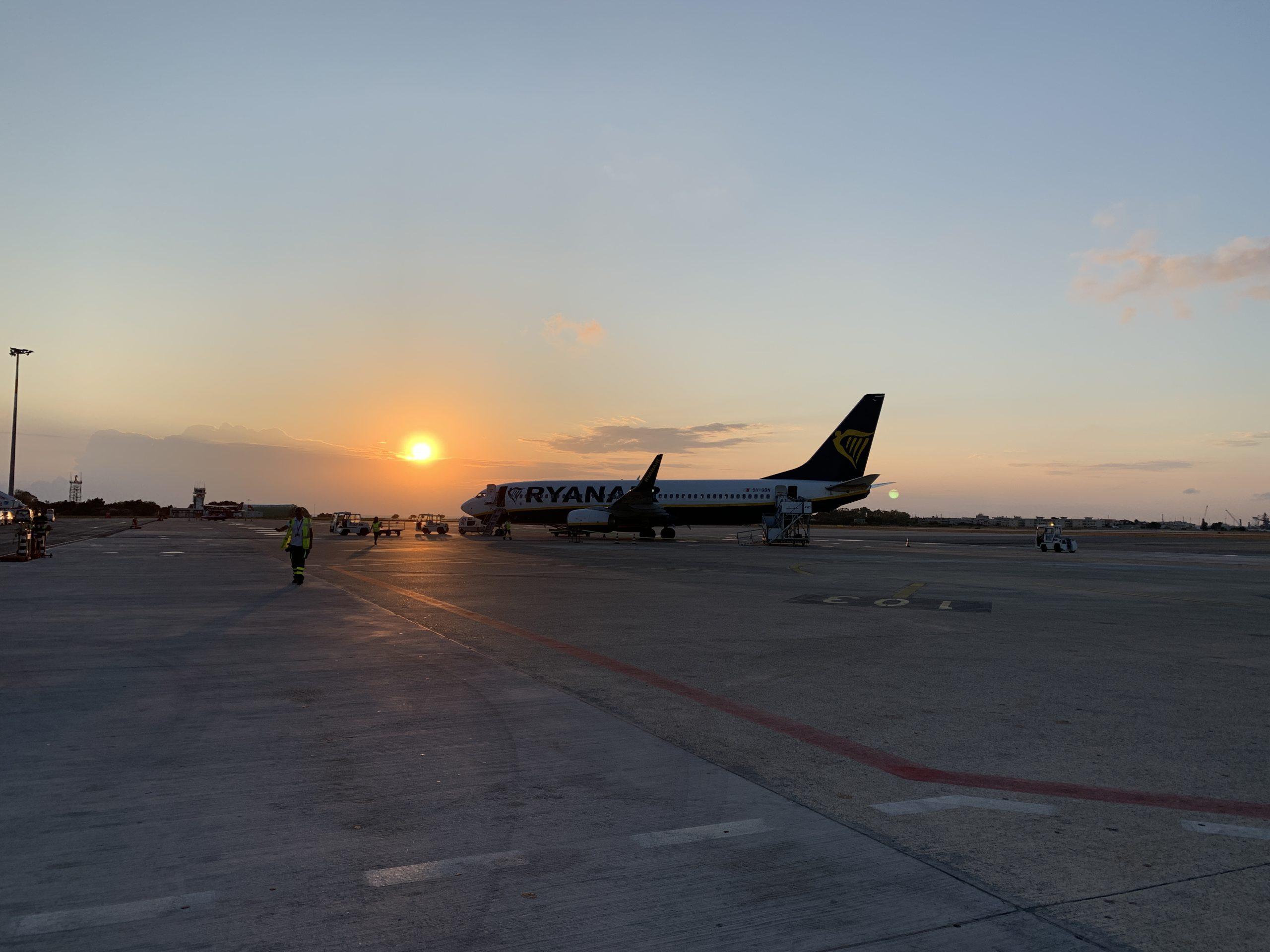 partenza all'alba da Brindisi